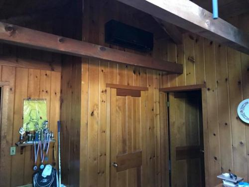 installing-air-conditioning-post-beam-home-3
